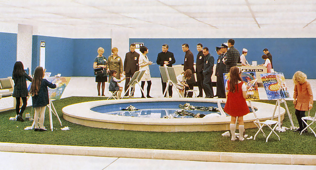 One of the scenes that was cut from 2001 prior to its general release.